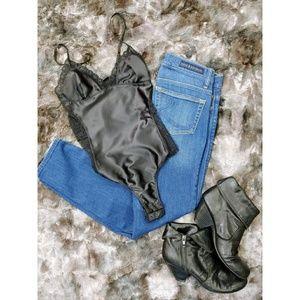🔥NWOT Topshop Black Satin Lace Bodysuit 🔥